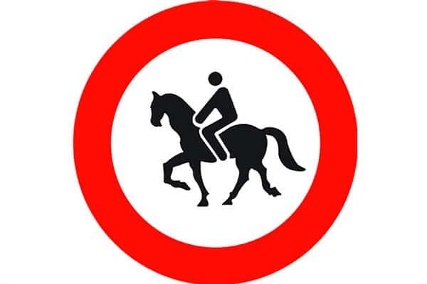 señales de tráfico raras en España