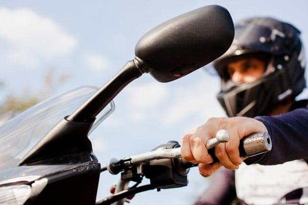 ¿Con que edad puedo conducir una moto de 125cc?